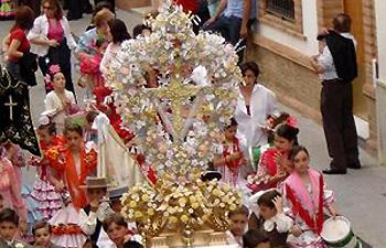 Fiesta de las Cruces Chicas Bonares