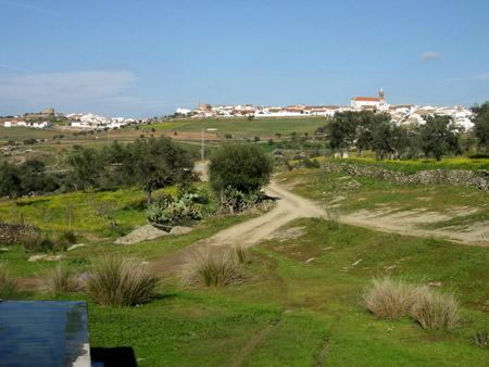 Cumbres de San Bartolome, Huelva Encinasola Autor Marioillan