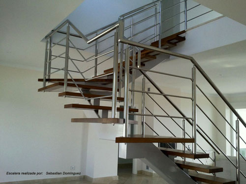 Escalera con peldanos de madera no 7 huelva ocio y - Peldanos escalera madera ...