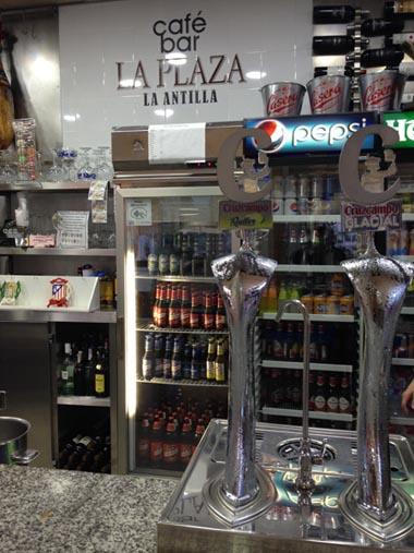Bar - Cafetería La Plaza en La Antilla Lepe 3