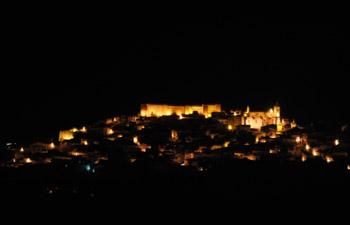 Noche de Las Velas en el Castillo de Aroche