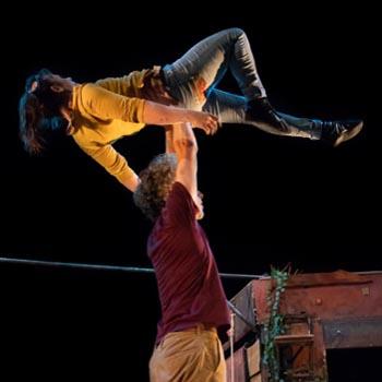 La Casa Colón acoge el viernes 'Distans', el espectáculo de acrobacias circenses de Vol'e Temps