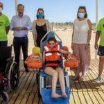 La Playa del Espigón cuenta con un 'anfibuggy'